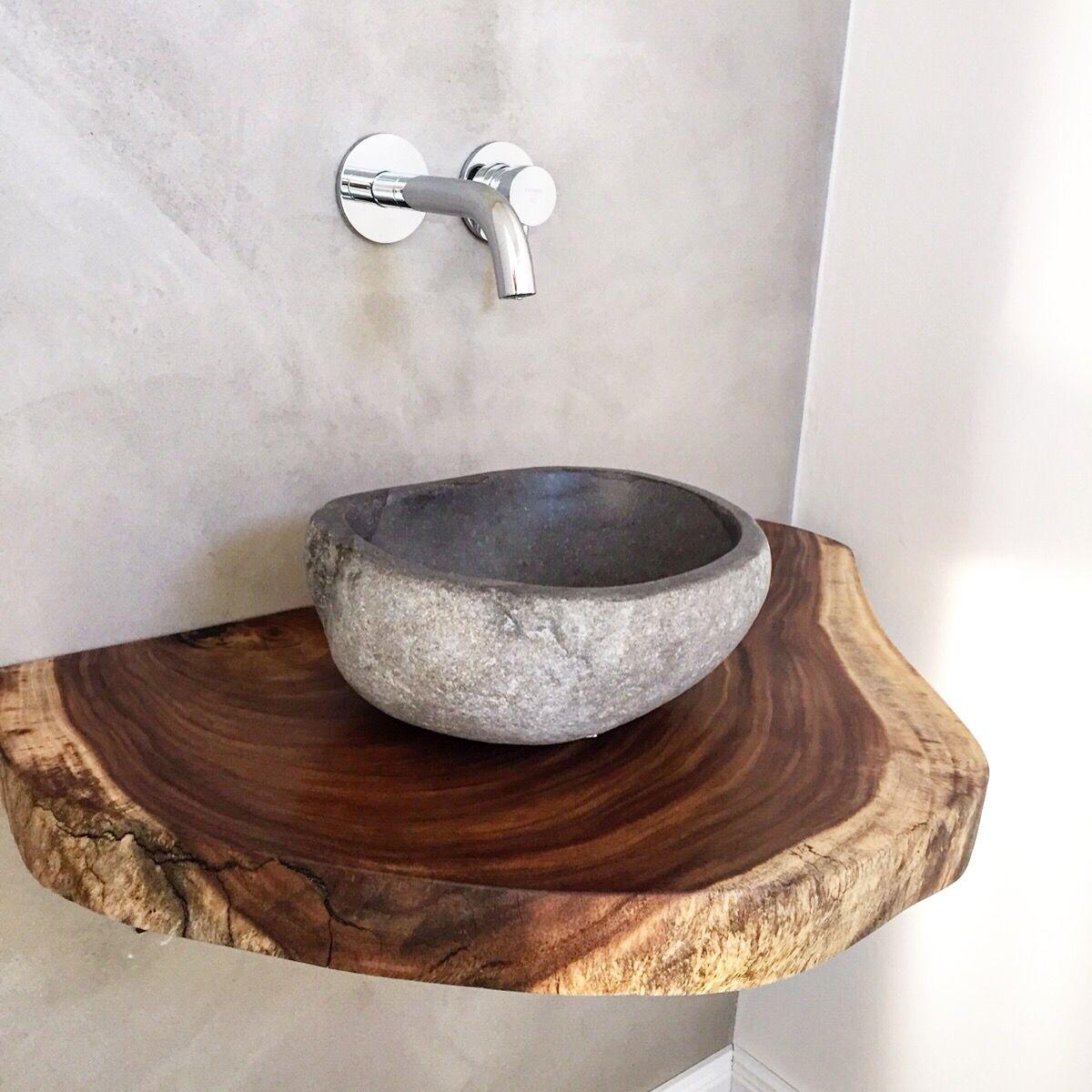 Badezimmer Gastebad Waschtischplatte Aus Massivholz Baumscheibe Www Holzwerk Hamburg De Waschtischplatte Rustikale Badezimmer Dusche Badezimmer