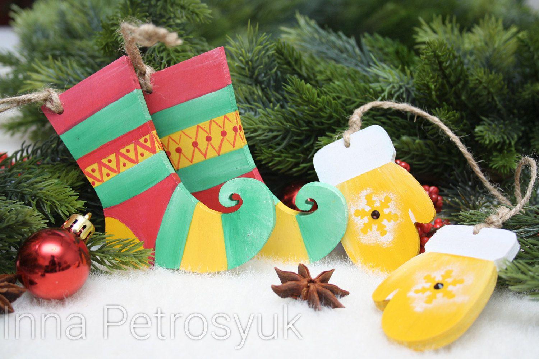 Christmas Tree Toys Handmade.Wooden Set Of Christmas Ornaments Handmade Christmas Socks