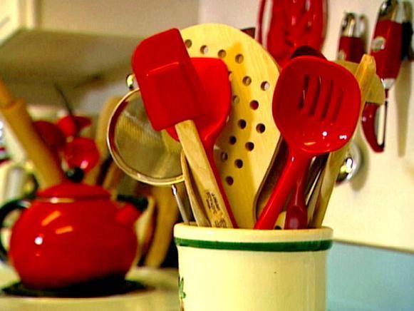 5 Ways to Simplify Your Kitchen | DIY Kitchen Design Ideas - Kitchen Cabinets, Islands, Backsplashes | DIY