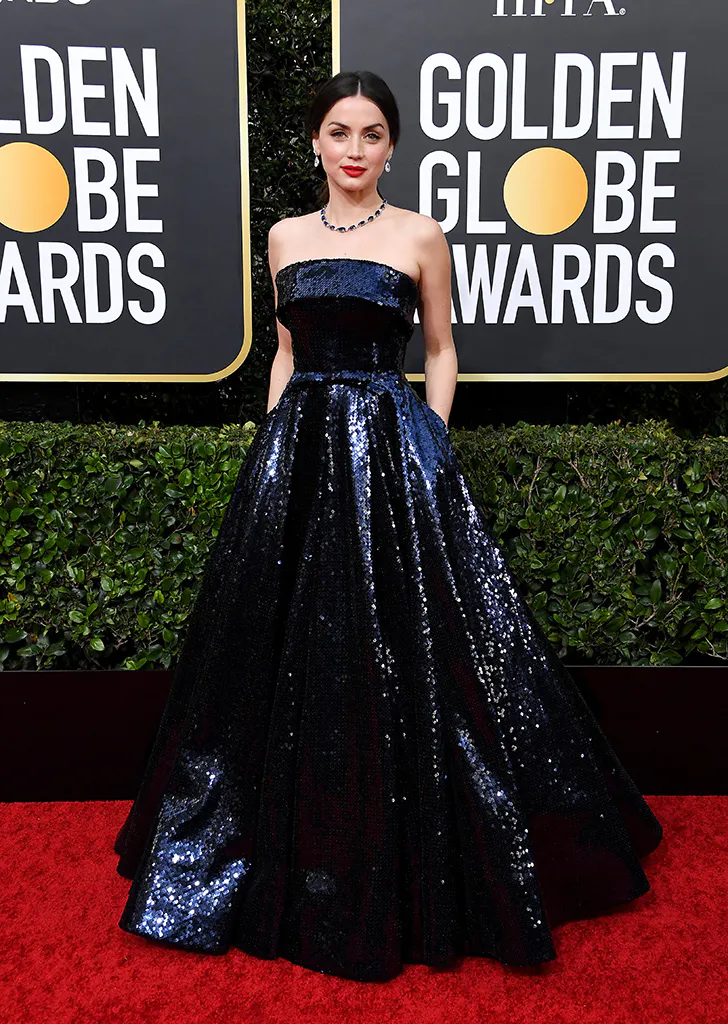 All The Must See Looks From The 2020 Golden Globes Red Carpet In 2020 Celebrity Dresses Red Carpet Dresses Golden Globes Red Carpet