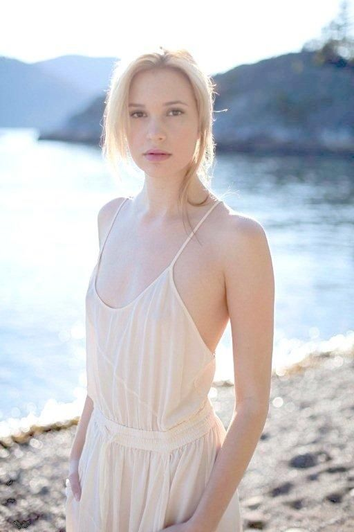 Alexia Fast naked 944