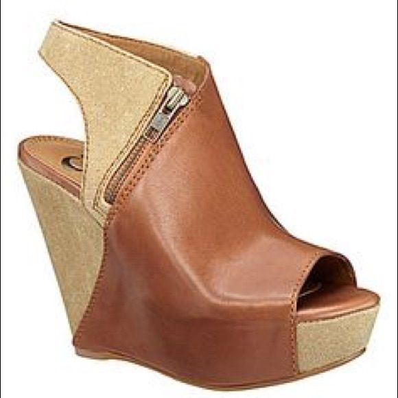 263c4586e65 Gianni Bini size 11 Gianni Bini size 11. Really cute wedge shoes. They run  a little small