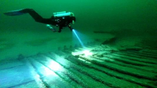 2 sunken canal boats from mid-1800s found in Lake Ontario - Charter.net