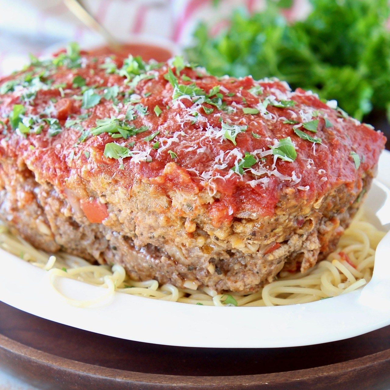 Italian Sausage And Ground Beef Are Combined With Italian Herbs Parmesan Ricotta Cheese In The Best Italia Italian Meatloaf Meatloaf Quick Meatloaf Recipes
