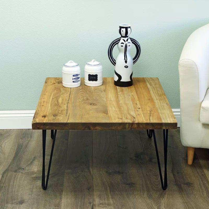 Farmhouse Beach Coffee Tables! Discover The Best Farmhouse Coffee Tables  For Your Rustic Home.