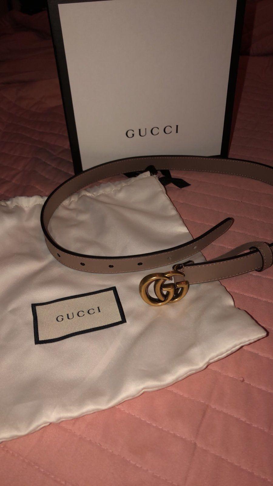 Tan/brown women\u0027s Gucci belt, worn once. Size 65. Perfect