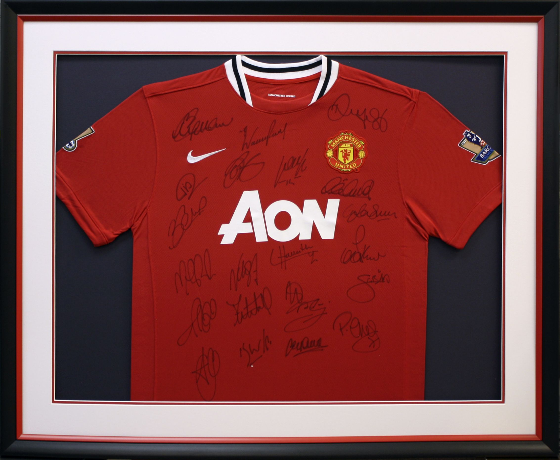 Custom framed soccer Jersey signed by the Brazilian FIFA World Cup ...