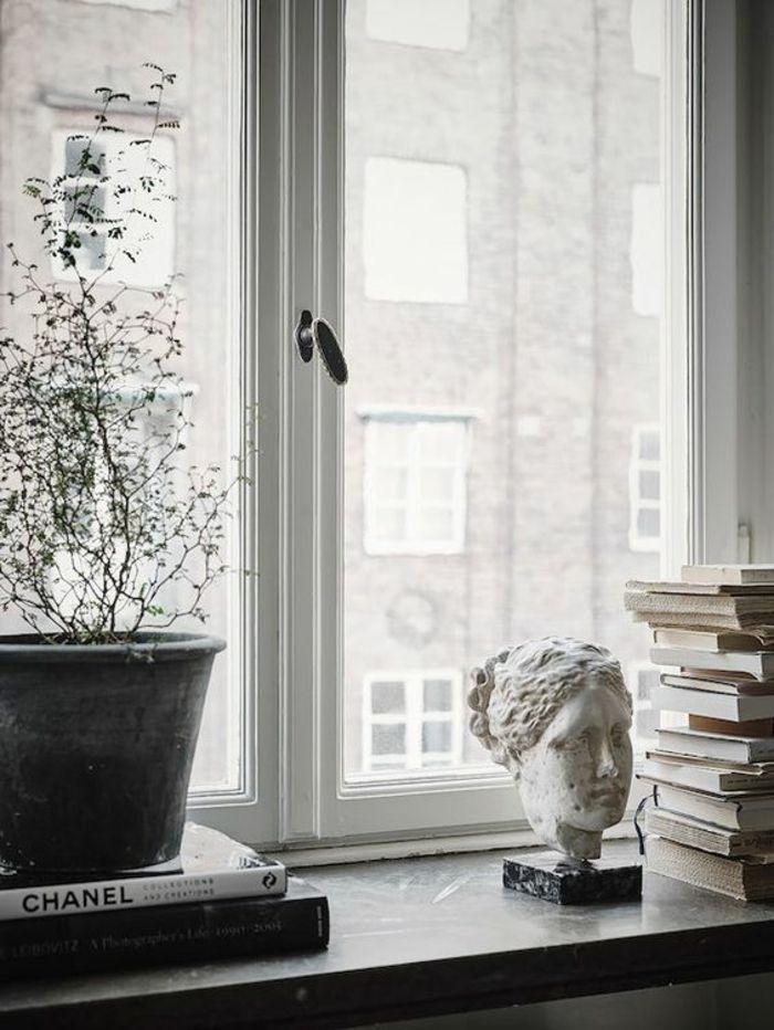fensterbank dekoration blumentopf skulptur bücher wohnideen | Deko ...
