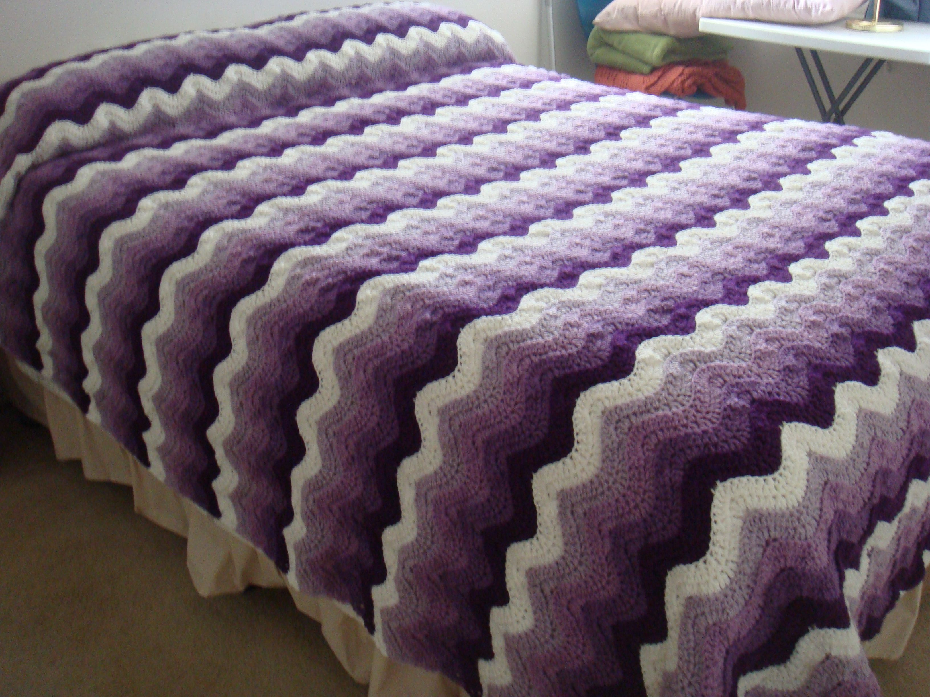 Just finished this fulldouble size bedspread using the free just finished this fulldouble size bedspread using the free pattern ocean waves afghan bankloansurffo Images