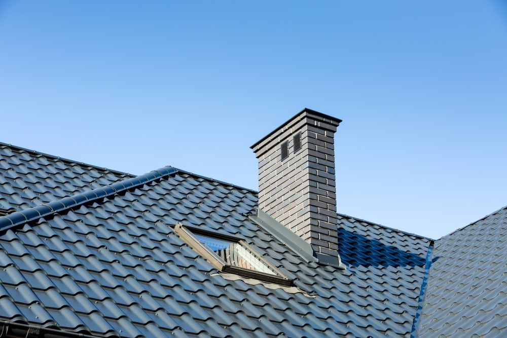 Tile Roofs Vs Shingle Roofs What S The Difference Roof Restoration Roofing Roof Shingles