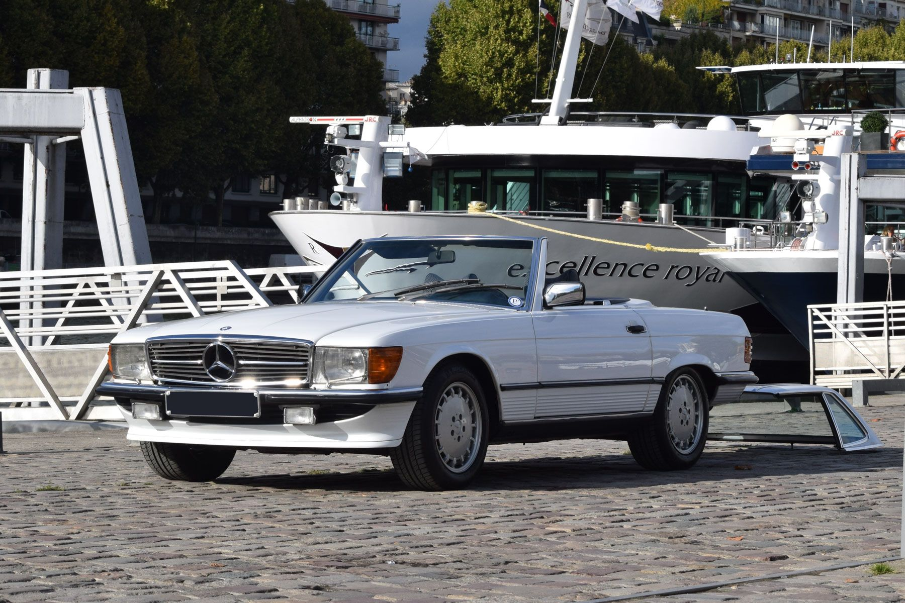 Beauty Of The Old German - 1987 Mercedes Benz 500 SL #MercedesBenz ...