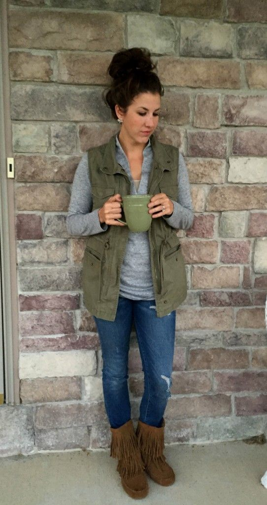 utility vest outfit, fringe boots outfit idea, green vest and grey ...