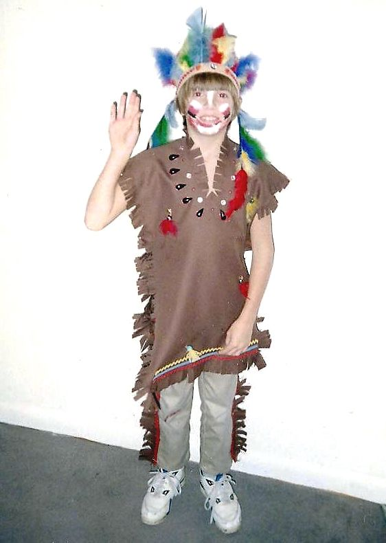 How to make your own homemade native american indian halloween how to make your own homemade native american indian halloween costume for your kids solutioingenieria Image collections