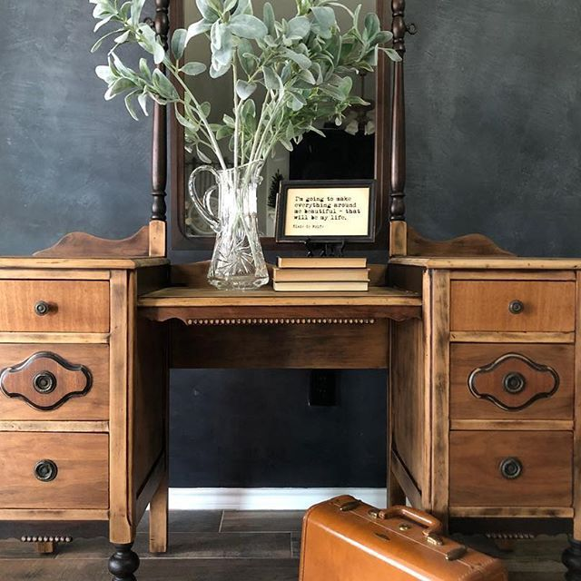 Because I can't quit looking at it. 👀 Do you do that too? Walk around it and just stair like a love sick girl? Love what I do! ❤️ #dododsondesigns #thecreativemakerstribe #furnituremakeover #furnitureartist #rawwood #furniturerescue #homedecorations #homedecor #modernfarmhouse #vintagefurniture #dixiebellepaint #oldisthenewnew #vintagedresser #antiques #furnituredesign #furniture