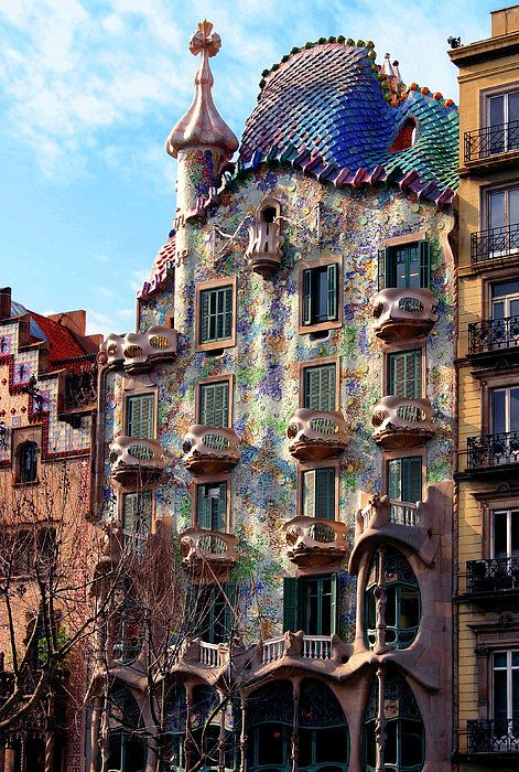 Casa Batllo Print By Vincent Abbey Gaudi Architecture Unusual Buildings Gaudi