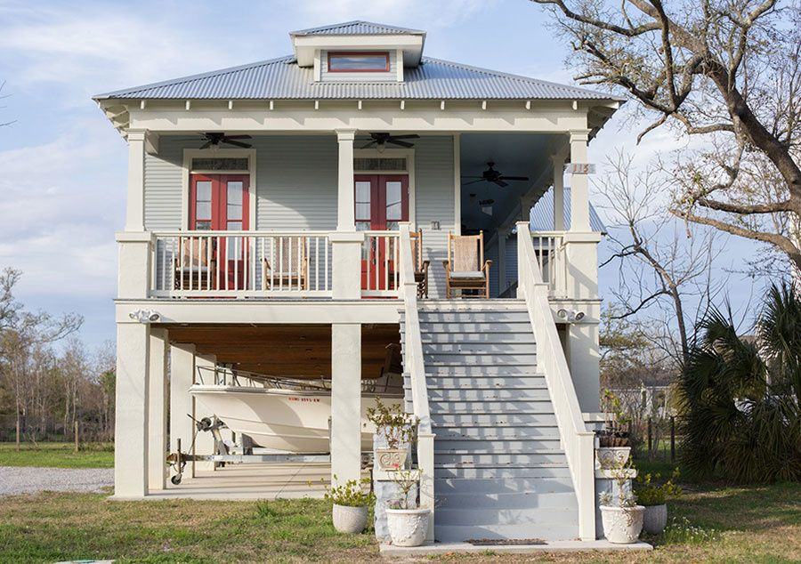 The Look And History Behind Southern Home Design Stilt House Plans Small Beach House Plans House On Stilts