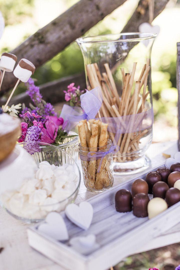 Sommerliche vintage hochzeit candy bar und sweet table idee f r hochzeit - Richtfest deko ...