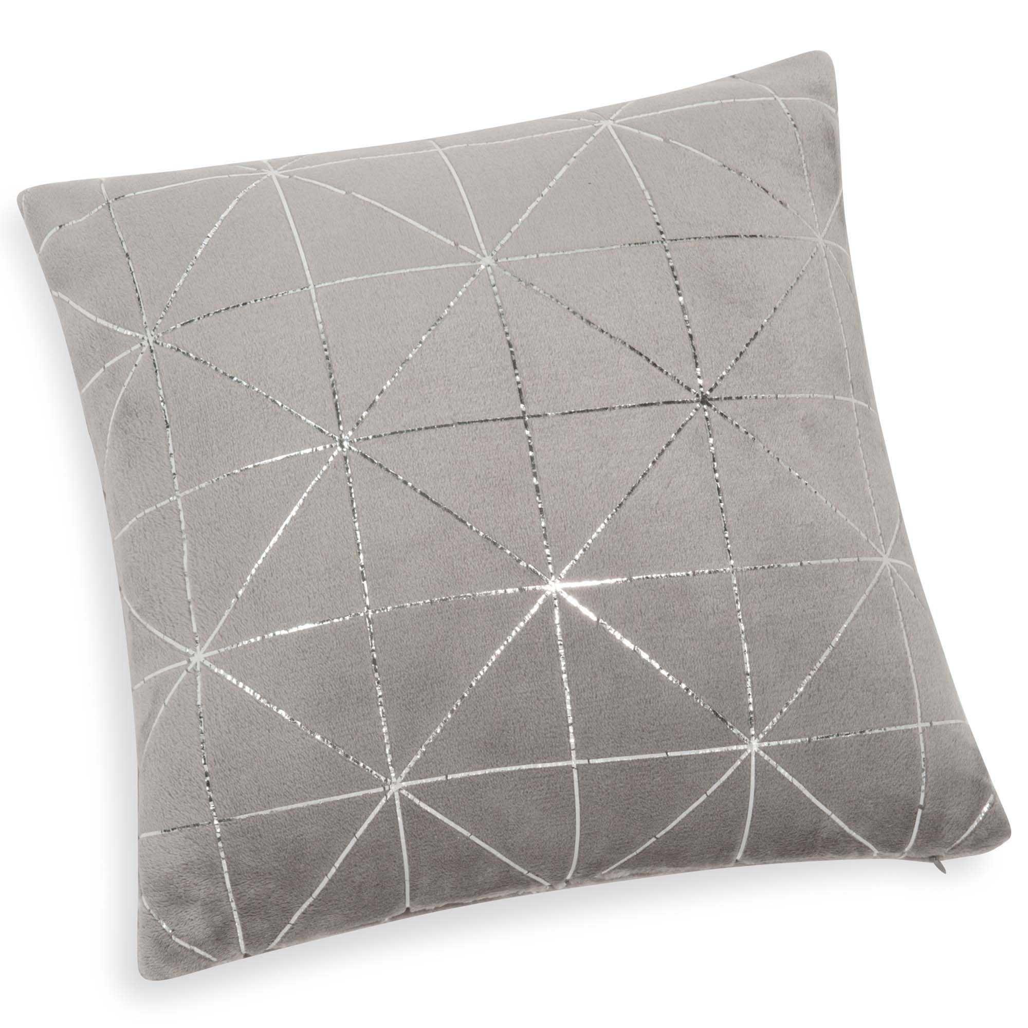 Weiches Kissen Grau 40x40 In 2019 Marcel Grey Cushions