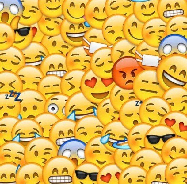 Super Cute Emoji Wallpaper Love It Cute Emoji Wallpaper Emoji Backgrounds Emoji Wallpaper