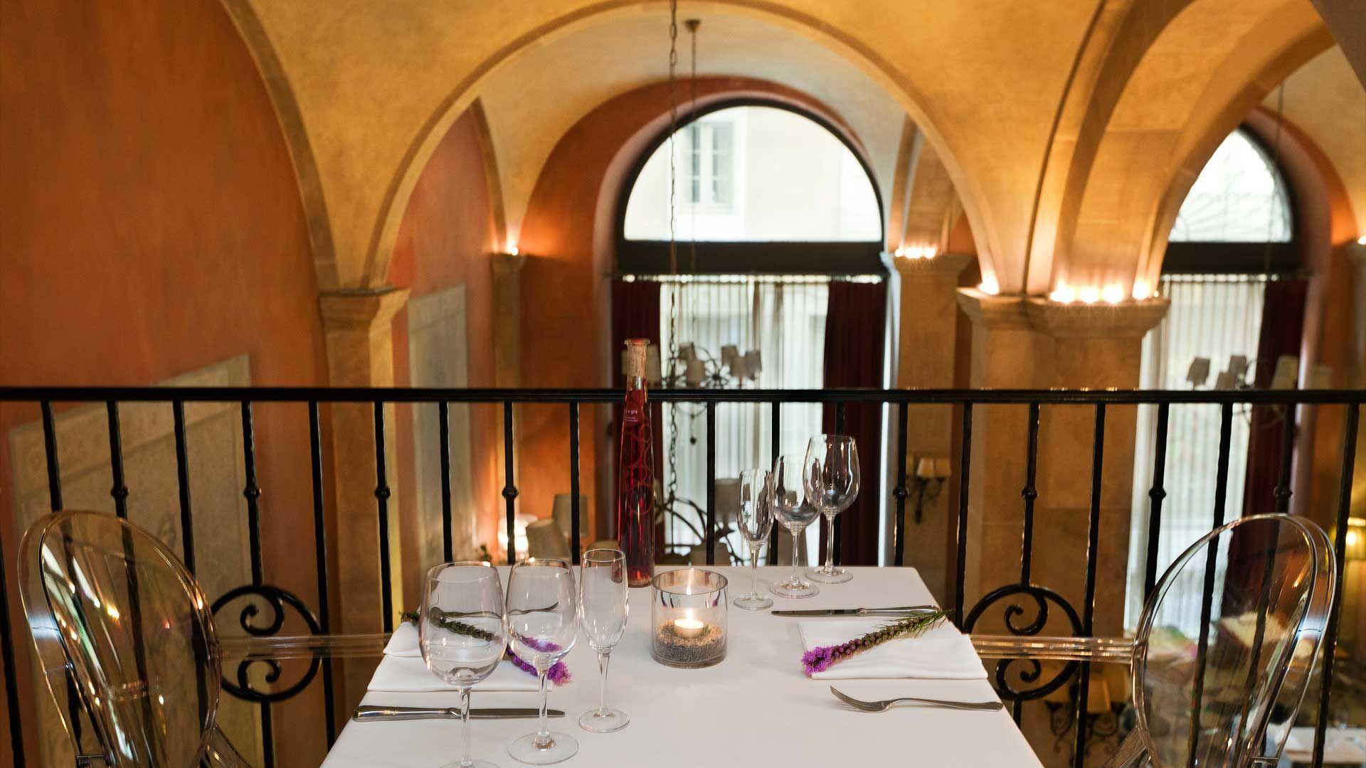 Hotel duquesa de cardona barcelona hotel barcelona - Hotel duques de cardona ...