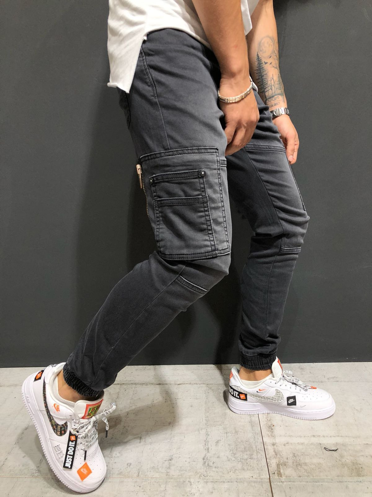 a29ba1e3ff4f Monocloth Men s Cargo Jeans Streetwear Jogger Denim Elastic Ankle Skinny  Fit Soft Lycra Fabric Casual Street Fashion - PRODUCT FEATURES  Men s  Streetwear ...