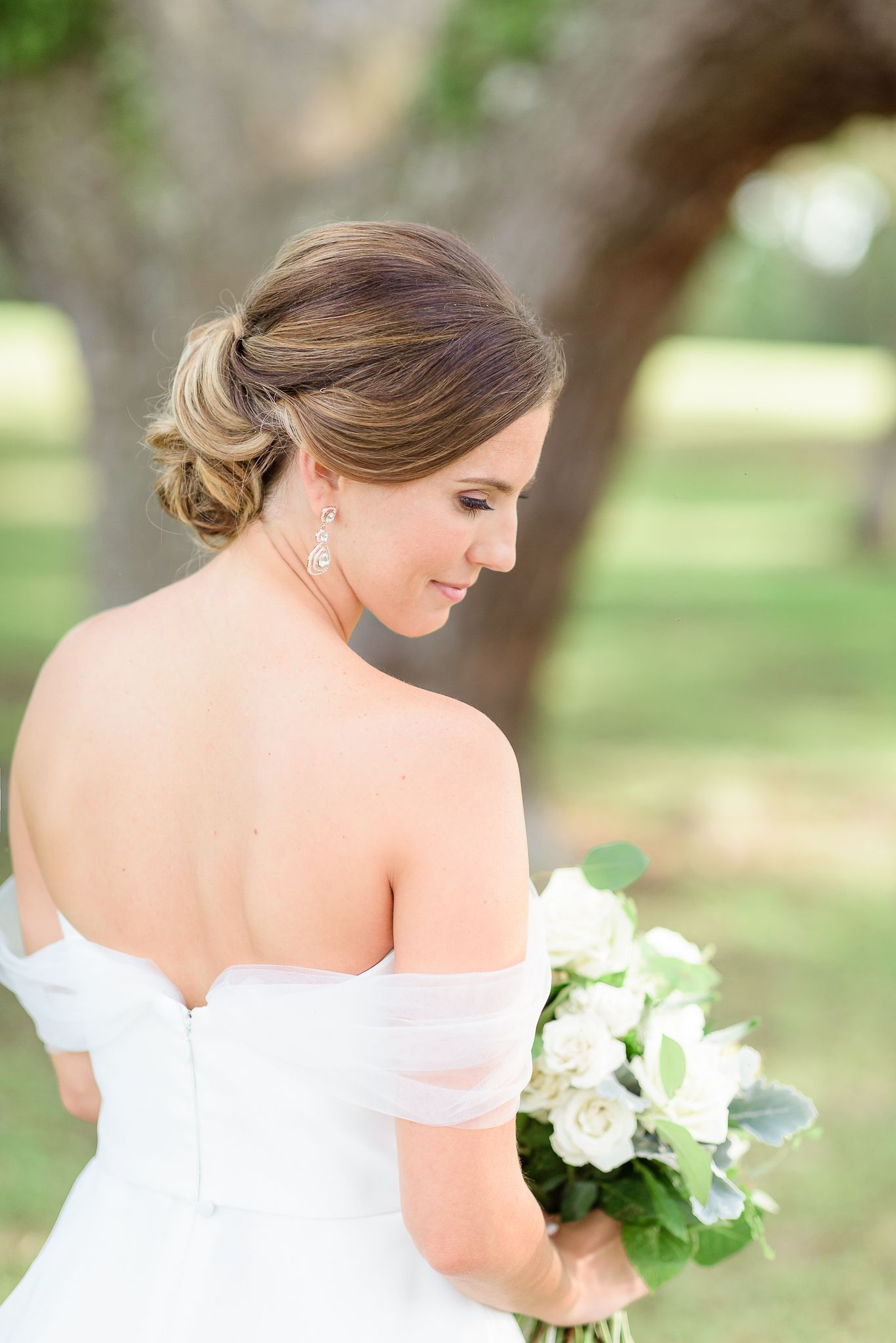bridal portraits, bride photos, wedding day, wedding ideas, wedding