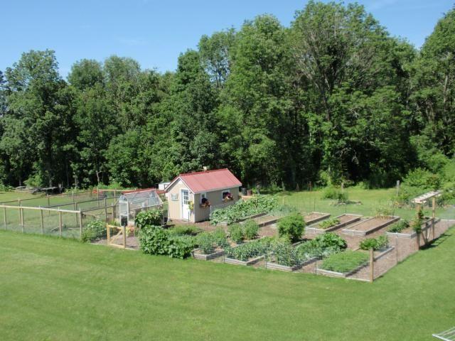 Chickens Vegetable Garden Part - 23: Pretty Chicken Coop/garden Set Up