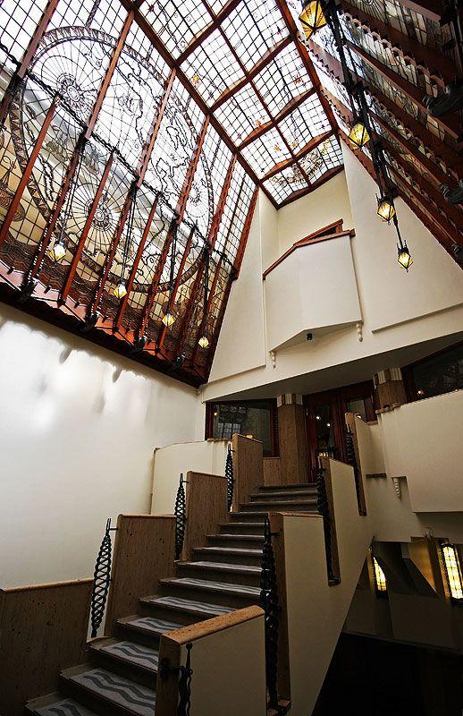 Interieur het scheepsvaarthuis amsterdamse school for Interieur architect amsterdam