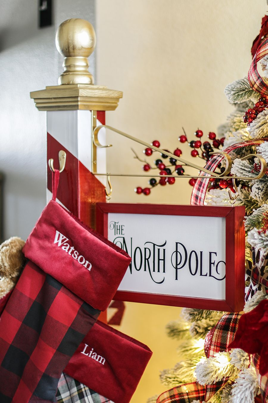 No mantel? No problem! Make this DIY North Pole Christmas