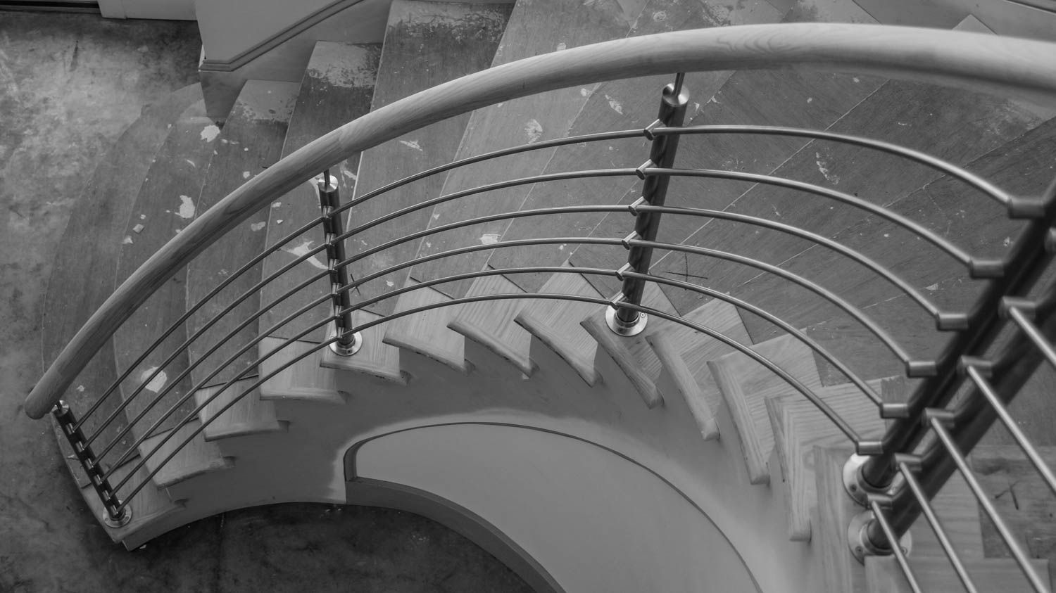 Best Pin By Artistic Southern Staircase On Spiral Stairs 400 x 300