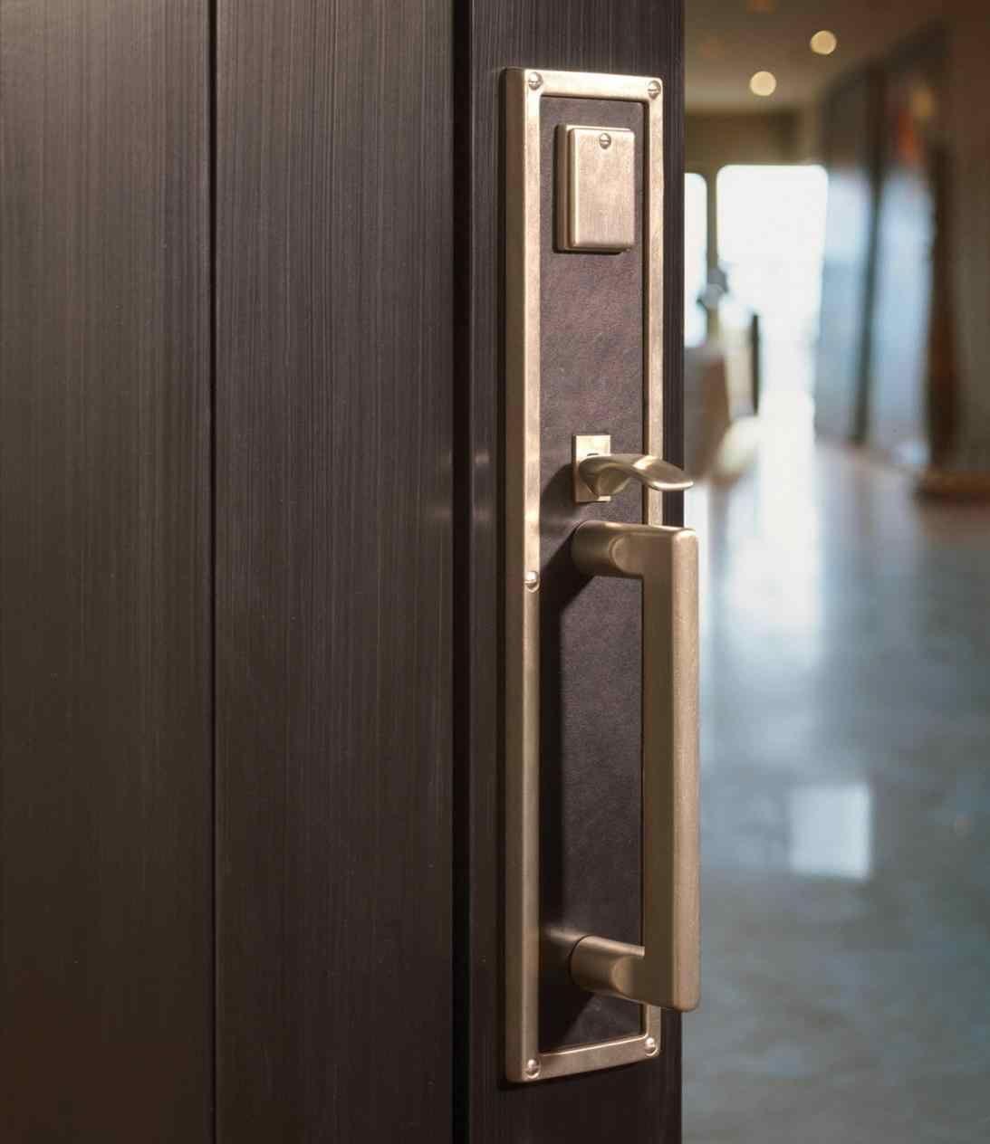 Bullock Exterior Door Lock Set Solid Bronze Entrance Set With Lever Handle Hardware Ellis Ellis Exterior Door Lock Set Sol Craftsman Door Door Sets Entry Doors