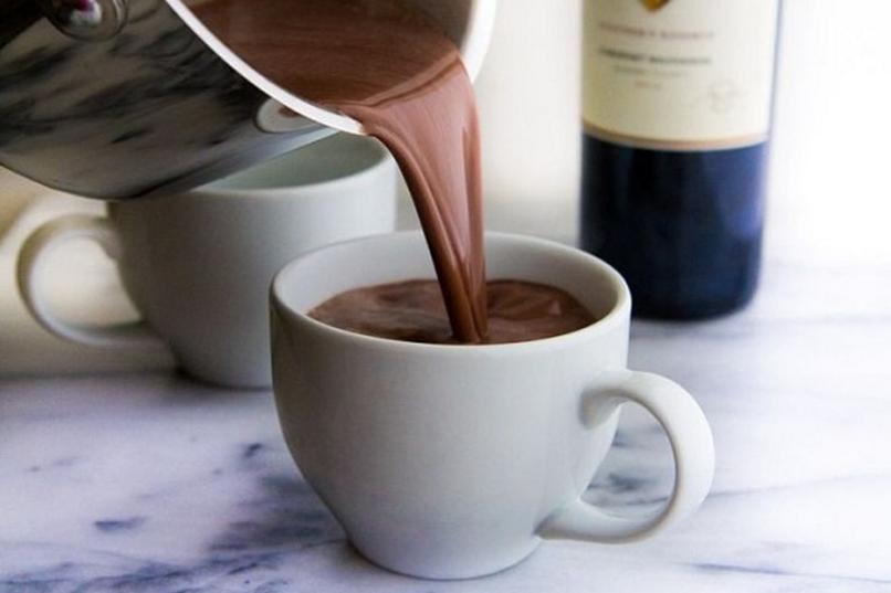 Víno s horúcou čokoládou ťa určite zahreje! Foto: instagram.com/tribella_wine