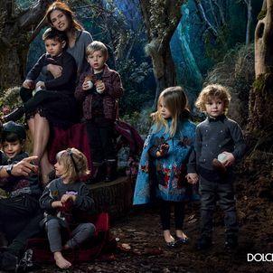 Claudia Schiffer Stars in Dolce & Gabbana Fall 2014 Ad Campaign   SENATUS