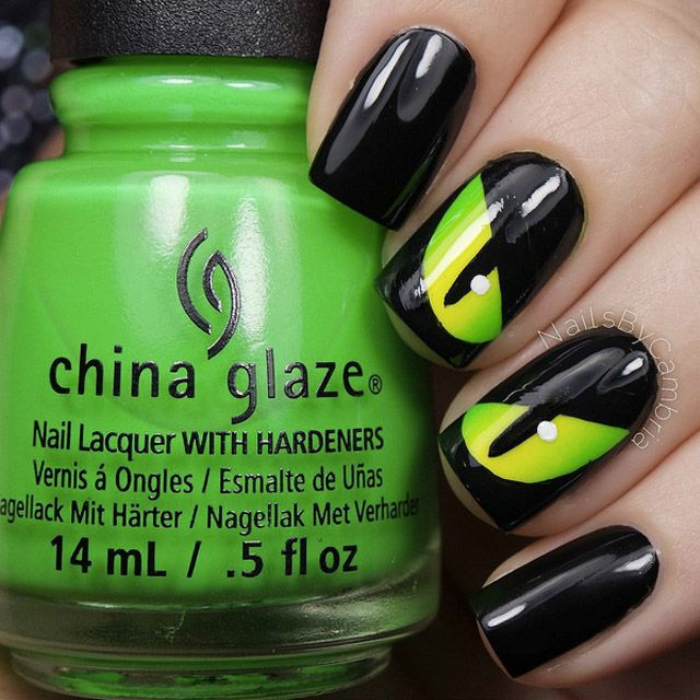 The 10 Best Halloween Nails On Instagram | Uñas de halloween ...