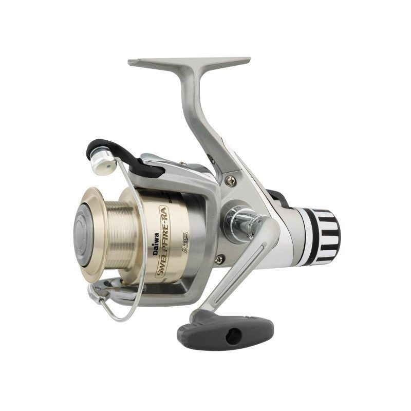 Daiwa Sweepfire RA Spin Reel 4 8:1 1Bb 12Lb/260yd in 2019 | Products