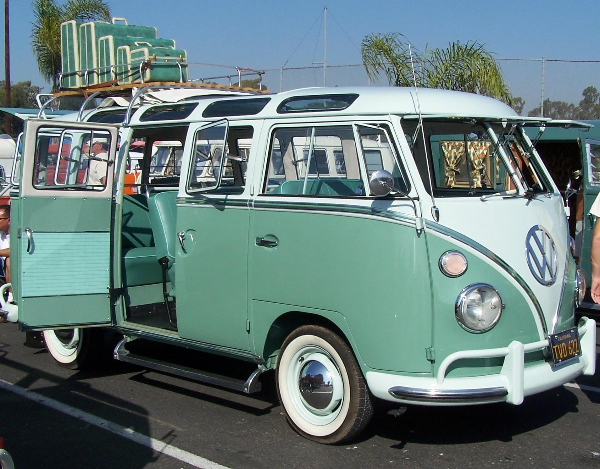 Vw bus old volkswagen bus