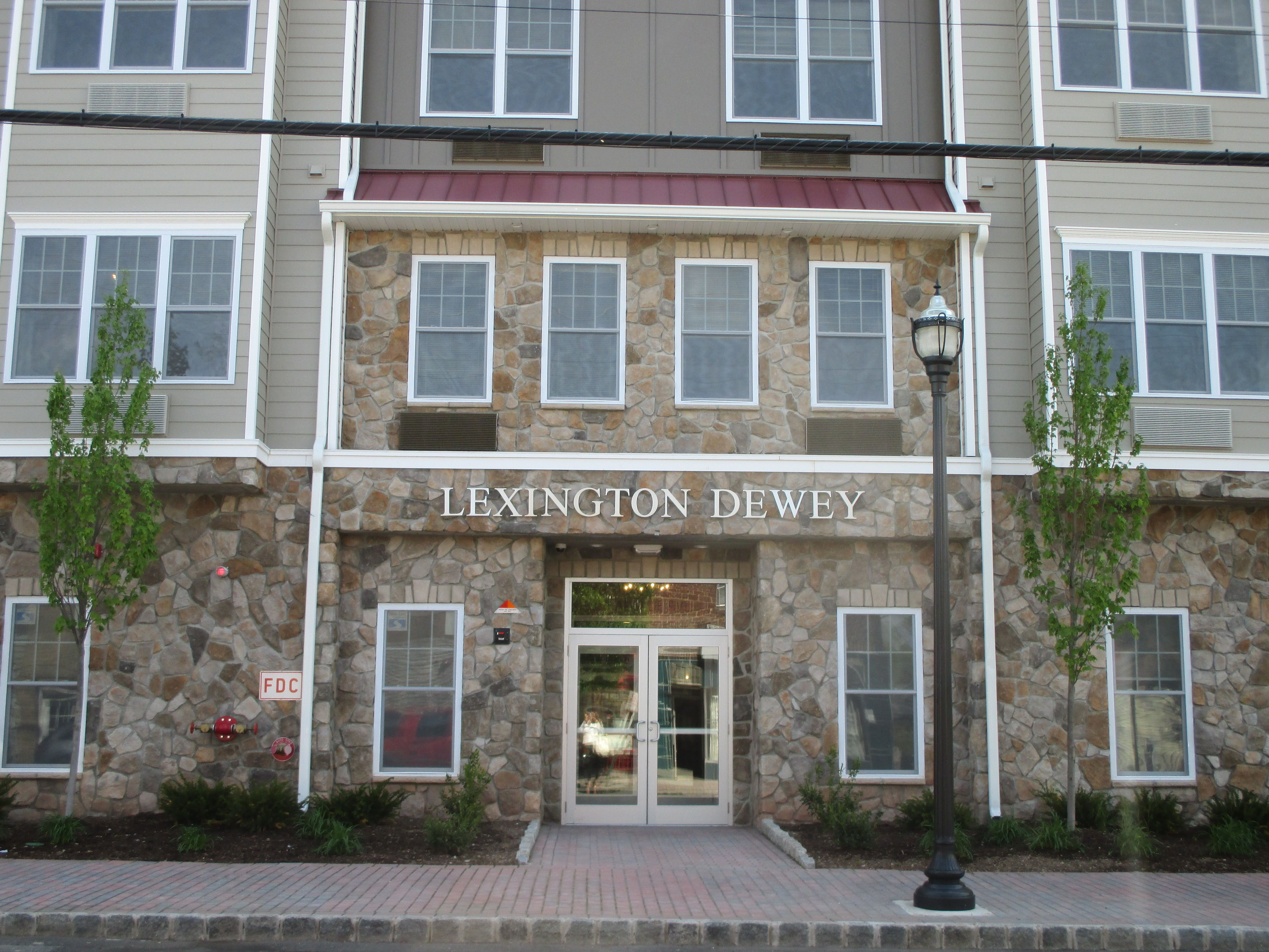 Wel e to the Lexington Dewey Apartments 297 Palisade Ave Bogota
