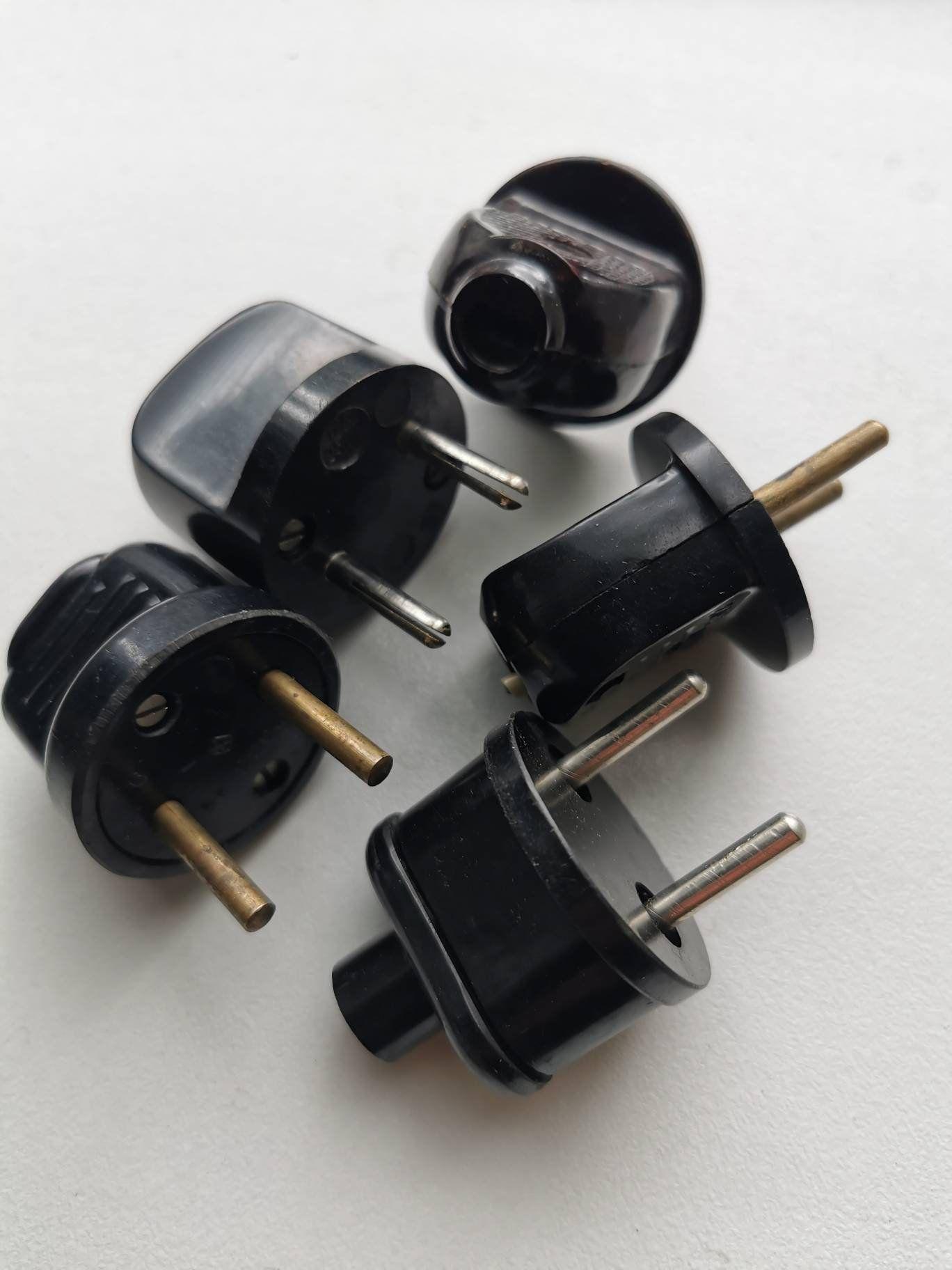 Wall-plug contact 1970s Brown bakelite wall socket Industrial power supply plug 220V socket USSR Vintage bakelite electrical socket plug