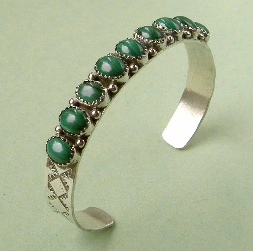 Sterling silver & malachite cuff bangle - Native American style