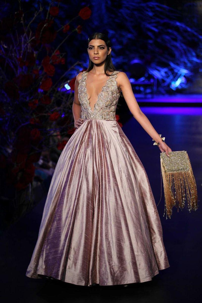 Manish Malhotra Empress Story 2015 Couture collection - Manish ...