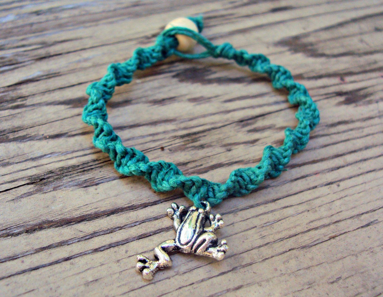 Handmade Hemp Bracelet with Ceramic Frog Bead