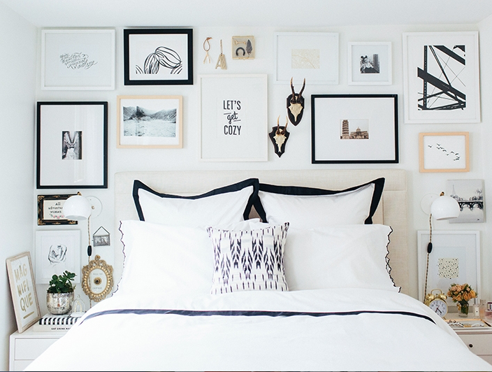 A Black White And Gold Theme To Your Gallery Wall Gives Your
