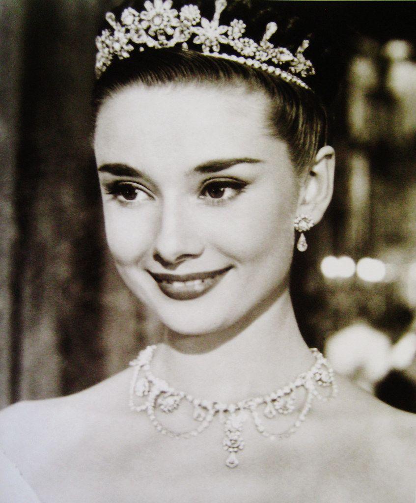 princess ann Adieu Audrey