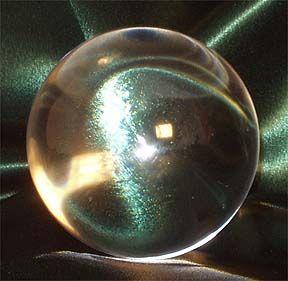 Prentresultaat vir images of crystal balls