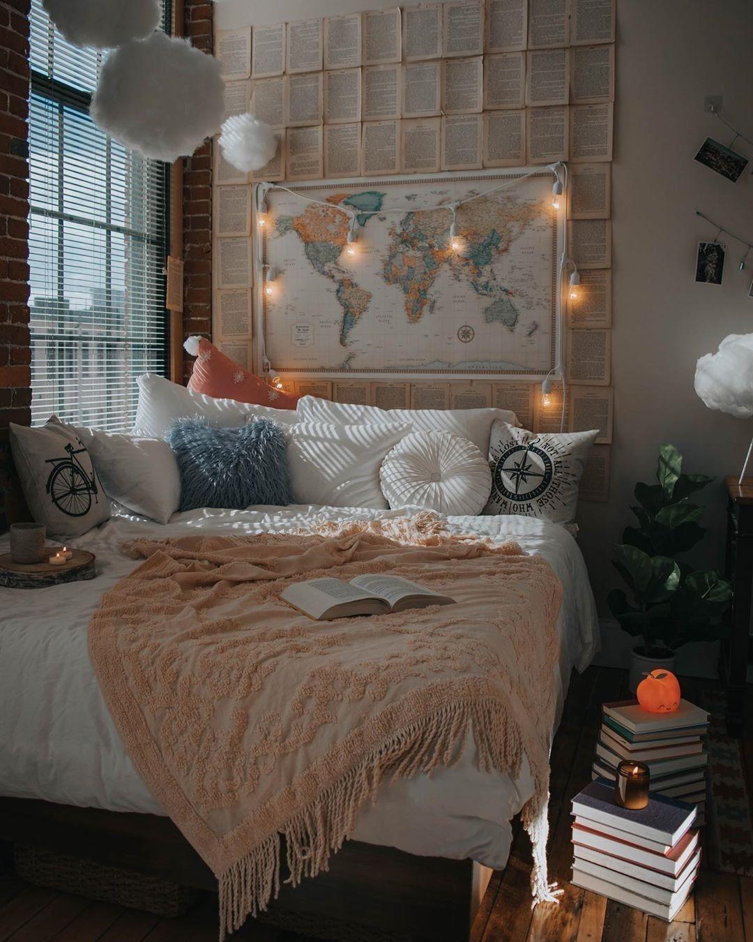 Modern Bohemian Bedroom Decor Ideas  Idées chambre, Chambre deco