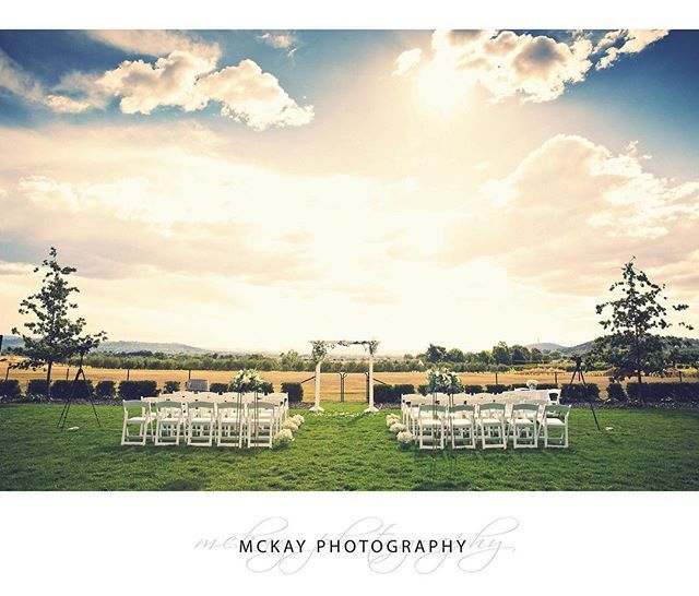 How beautiful is this setting for a wedding ceremony? Picture perfect location at @pialligoestate in Canberra  for Laura & Stefan's wedding last year.  @pialligoestate_weddings  #mckayphotography #pialligoestate #wedding #canberrawedding #pialligoestatewedding #canberraphotographer