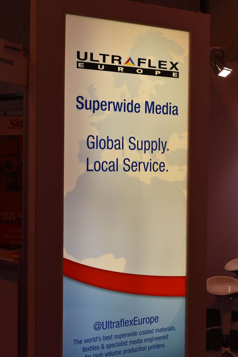 Glowing With Ultraflex Europe At Sduk Tech Company Logos Digital Signs