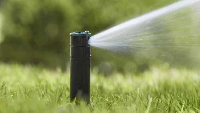 Install An Underground Sprinkler System In Order To Purchase The Right Components You Ll Also Hav Sprinkler System Diy Underground Sprinkler Sprinkler System