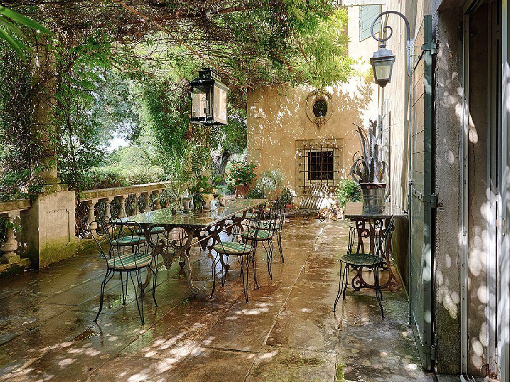 Prestigous Estate in Provence on a beautiful... HomeAway