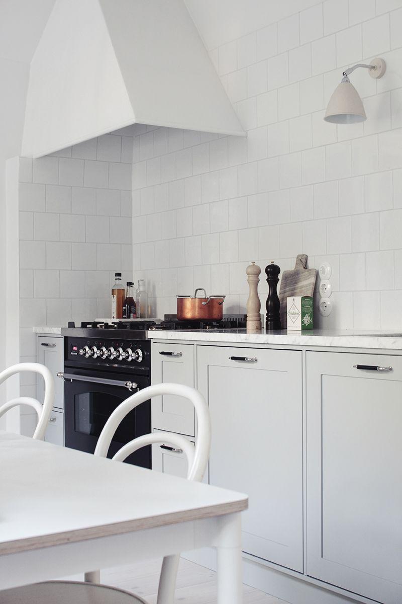 vanhan talon keittiö, kaasuliesi